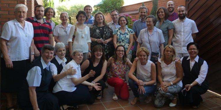 Encuentro con los colaboradores de las librerías Paulinas en Madrid