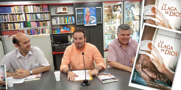 """Presentacion del libro """"La llaga de Dios"""""""