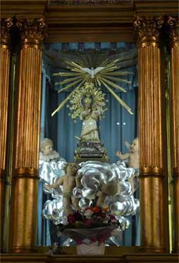 Virgen del santuario